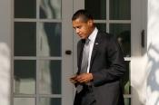 1029_Obama_BlackBerry_630x420